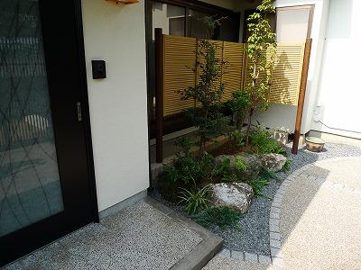 島田 M様邸 玄関前